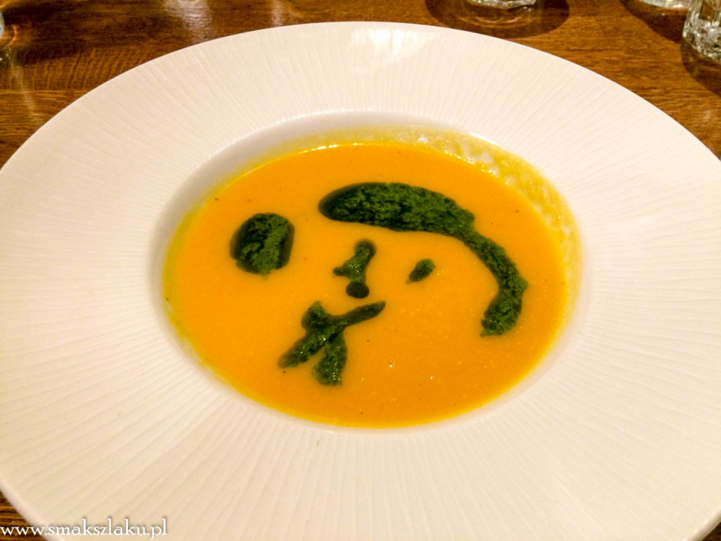 Zupa z korzennych warzyw