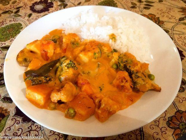 Tajskie curry z sosem mango i dynią